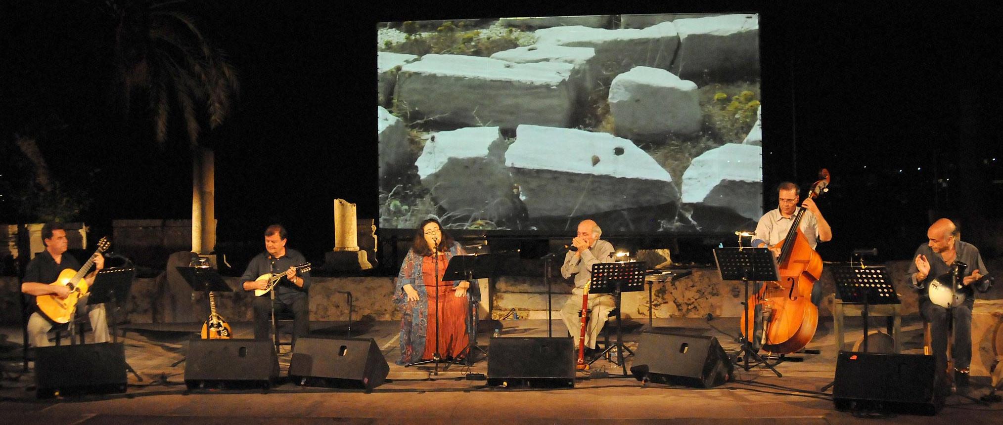 Nena Venetsanou in het kleine theater van Epidavros